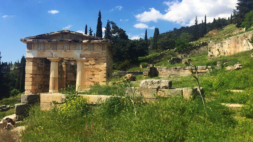 Delfos - Tesoro de los Atenienses