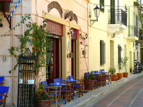 http://greciavacaciones.info/wp-content/uploads/2017/11/athens_plaka_cafe_big.jpg